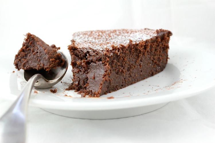 Десерт из каштанов и шоколада