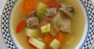 Мясной суп для ребенка