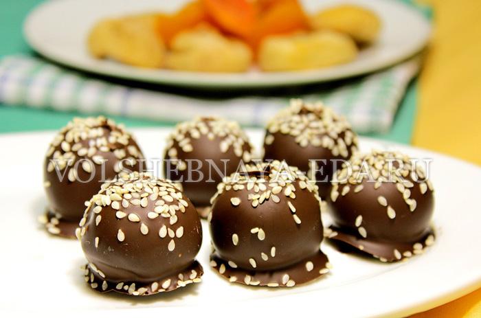 shocoladnye-konfety-s-suhofruktami-11