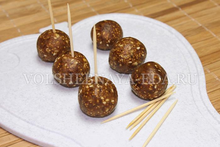 shocoladnye-konfety-s-suhofruktami-6