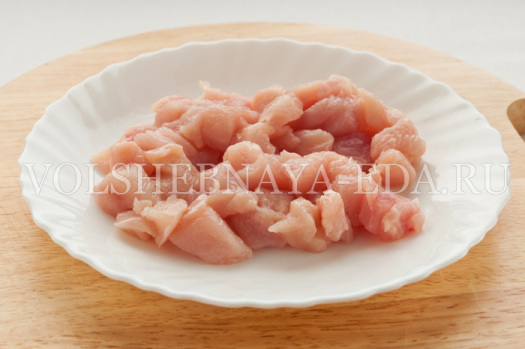 salat-s-pekinskoj-kapustoj-kurinym-file-2