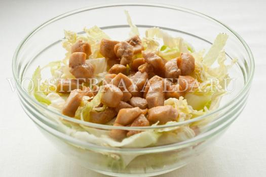 salat-s-pekinskoj-kapustoj-kurinym-file-8