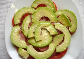 salaty-iz-avokado-s-krevetkami-26