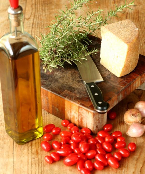 Mediterranean diet benefits heart Health24