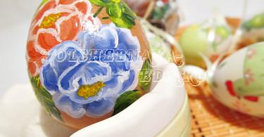 """Расписное пасхальное яйцо """"Розы"""""""