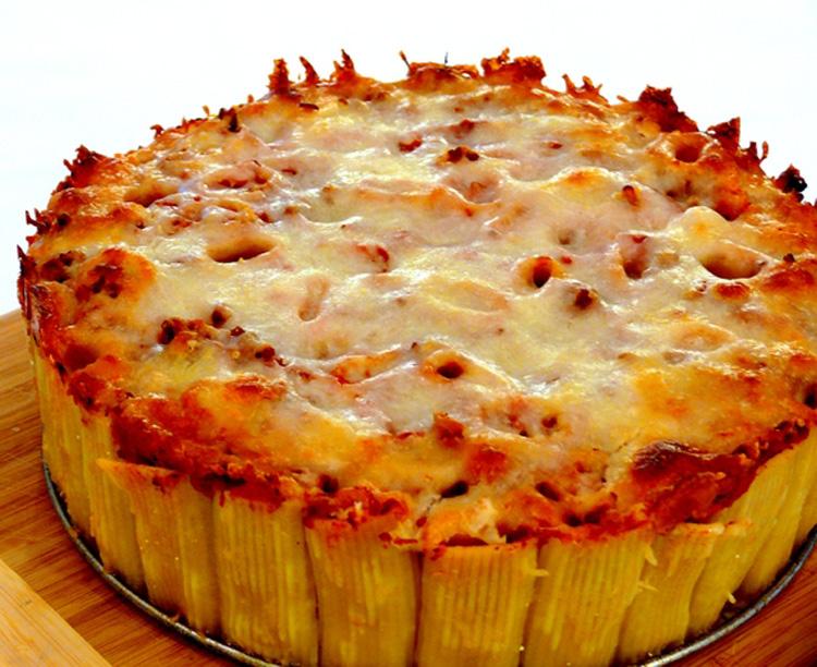 Пирог из макарон и фарша