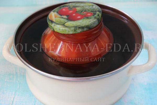 pomidory-v-sobstvennom-soku--na-zimu-4