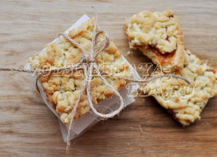 печенье стружка со смородиновым вареньем