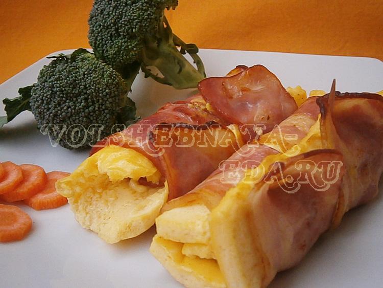 omlet-s-bekonom-10