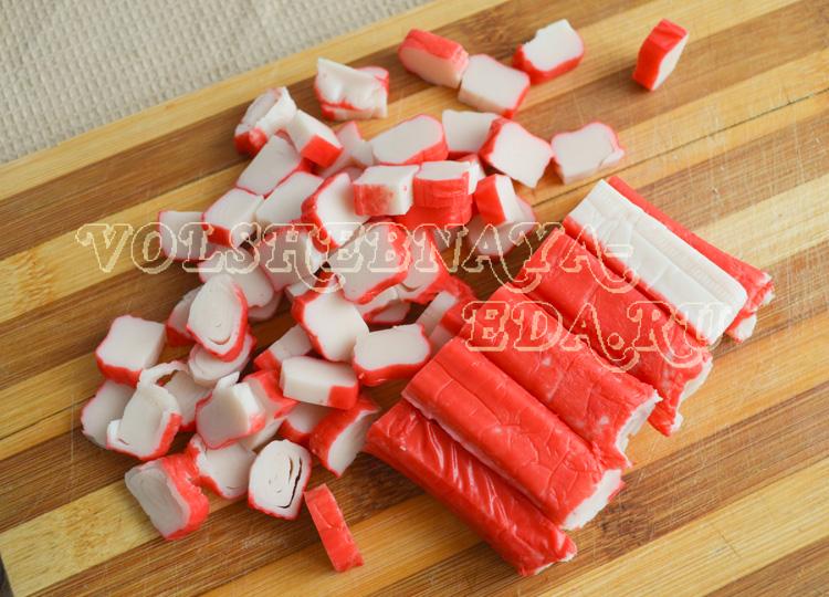 salat-s-krabovymi-palochkam-2