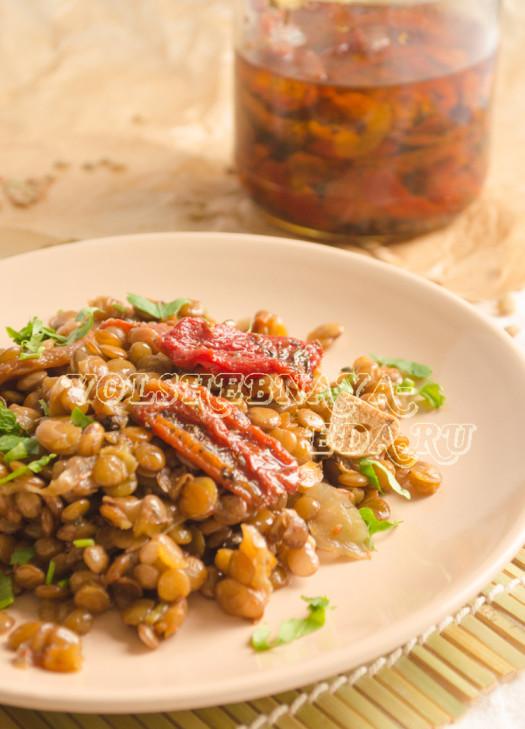 chechevica-s-vjalenymi-tomatami-10