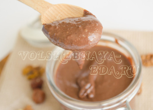 shokoladno-orehovaja-pasta-dlja-zavtraka-16