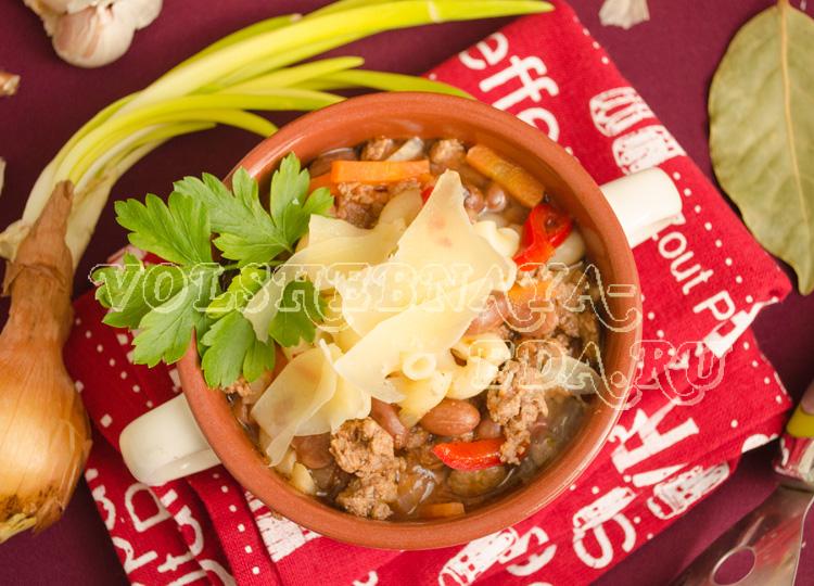 Суп с фаршем, овощами и макаронами