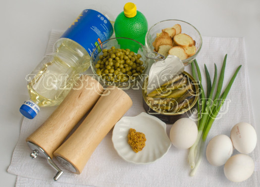 zakuska-iz-shprot-zelenogo-goroshka-i-domashnego-majoneza-1