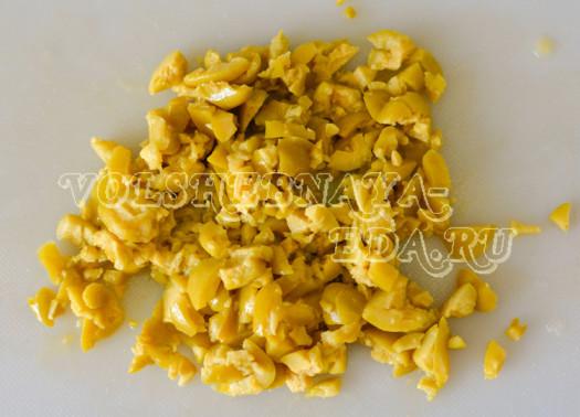 pikantnyj-hleb-s-olivkami-5
