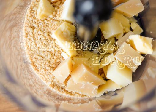 hrustjashhie-chipsy-iz-lavasha-s-zelenym-lukom-2
