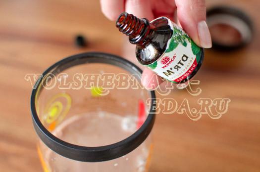 koktejl-shokoladno-mjatnyj-s-bejlisom-6