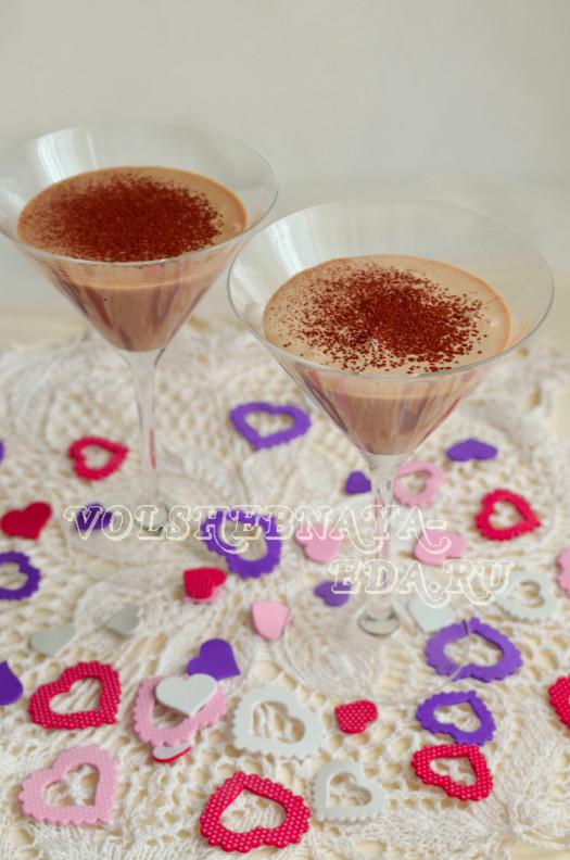 koktejl-shokoladno-mjatnyj-s-bejlisom-9
