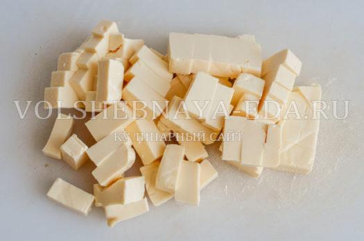 gribnoj-sup-s-syrom-i-slivkami-7