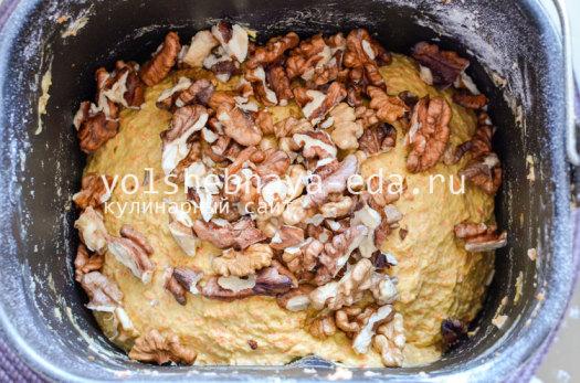 morkovnyj-hleb-s-greckimi-orehami-7
