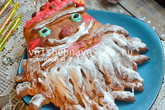 Сдобный пирог Дед Мороз