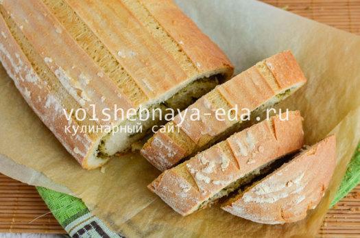 aromatnyj-hleb-s-pesto-11