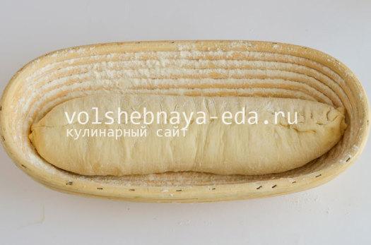 aromatnyj-hleb-s-pesto-7