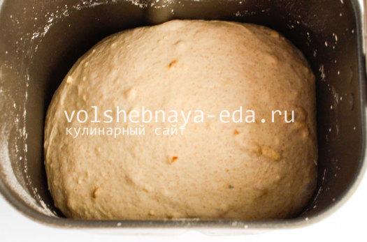 hleb-s-lukom-i-syrom-7