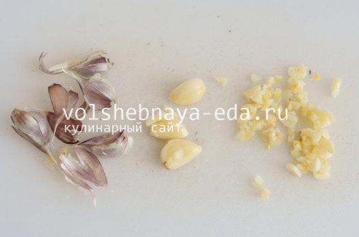 kurinye-nozhki-v-pahte-3