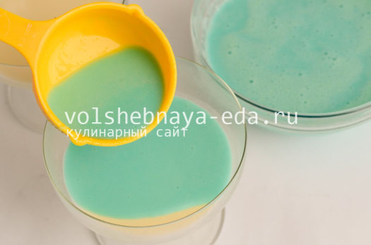 panna-kotta-s-likerom-kjurasao-blu-6