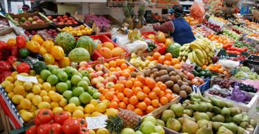 Почему важно есть овощи и фрукты в сезон