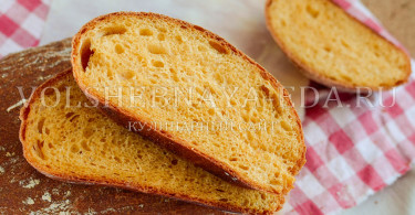 Хлеб на кетчупе