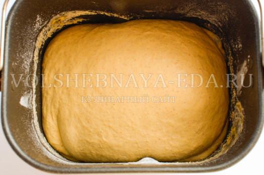 hleb-na-tykvennom-pjure-i-pahte-6