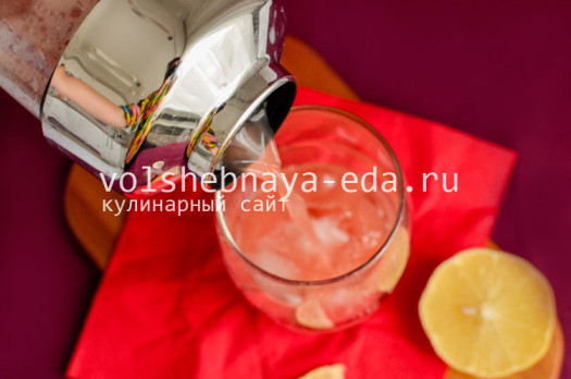 koktejl-karibskaja-smorodina-7
