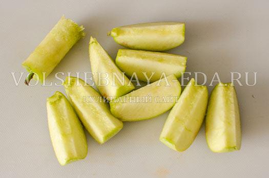 salat-iz-pecheni-s-malinovym-sousom-7