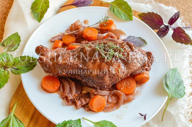 рецепт кролика тушеного в вине с фото