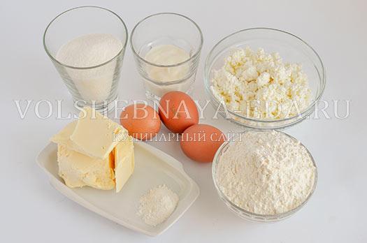 pechene-tvorozhnoe-s-beze-1