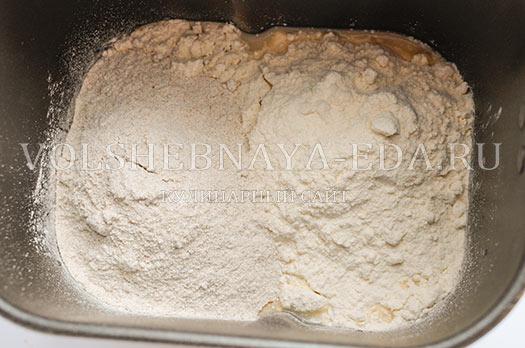 rzhanoj-hleb-s-semechkami-i-sladkim-percem-3