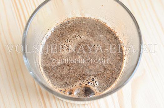 shokoladnyj-latte-s-kardamonom-2