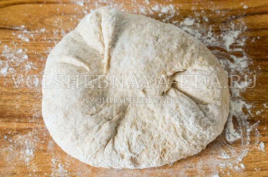 hleb-s-kopchenym-syrom-7