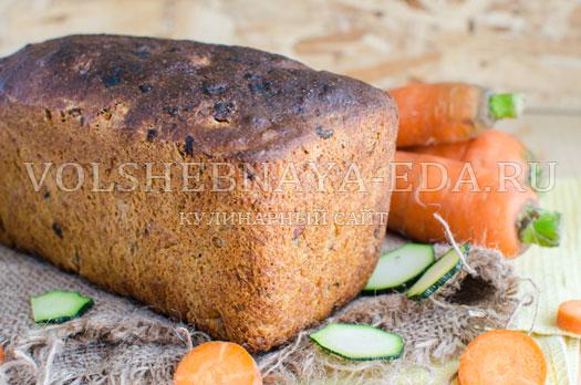 hleb-s-molodymi-kabachkami-i-morkovju-11