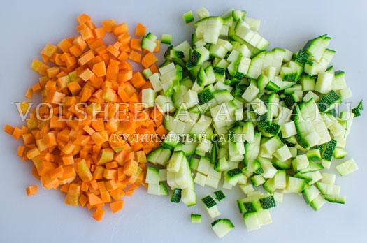 hleb-s-molodymi-kabachkami-i-morkovju-2