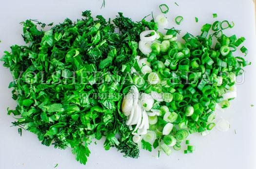 zelenyj-borshh-s-sousom-pesto-6