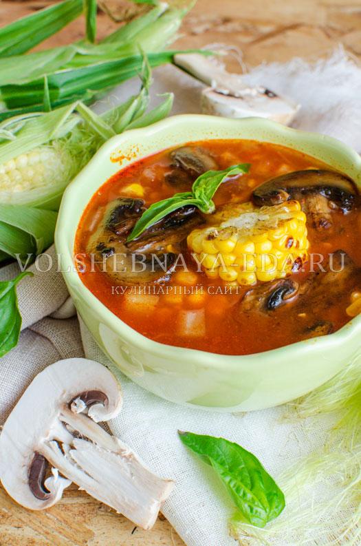tomatnyj-sup-s-kukuruzoj-i-gribami-15