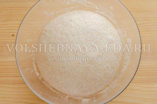hleb-belyj-s-otrubjami-na-zakvaske-15