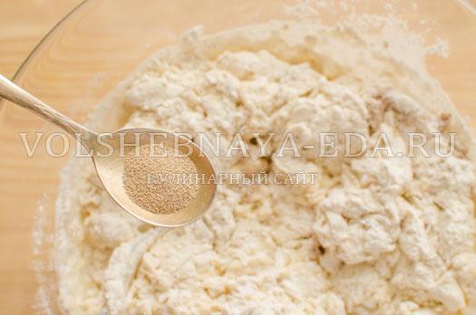 hleb-belyj-s-otrubjami-na-zakvaske-9