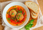 Томатный суп с запеченными фрикадельками