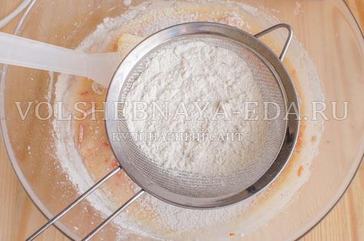 morkovnyj-keks-s-orehami-10