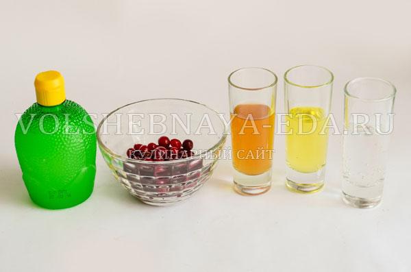 koktejl-s-kljukvoj-vorsistaja-jagoda-1