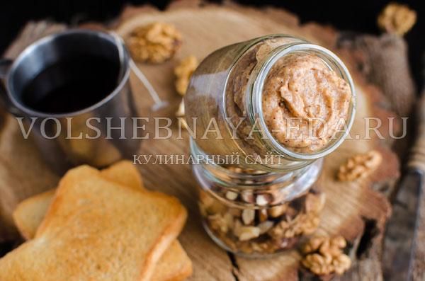 slivochnoe-maslo-dlja-tostov-s-orehami-8